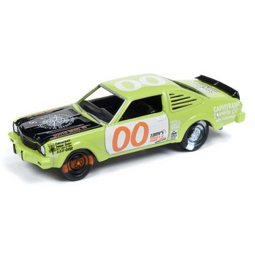 Johnny Lightning Street Freaks - 1976 Dodge Aspen Demolition Derby