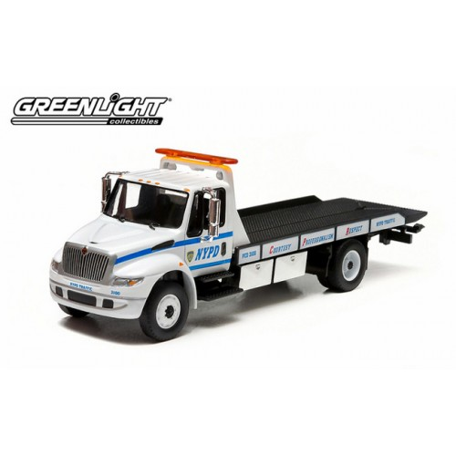 Greenlight Hobby Exclusive - International DuraStar Flatbed NYPD