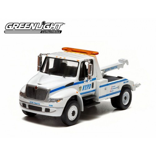 Greenlight Hobby Exclusive - Interational DuraStar 4400 Tow Truck NYPD