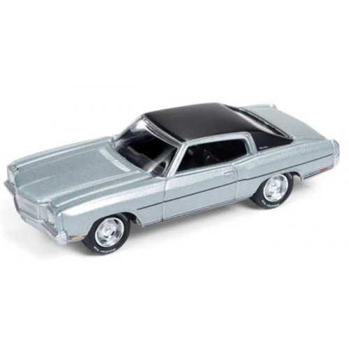 Johnny Lightning Muscle Cars U.S.A. - 1970 Chevy Monte Carlo