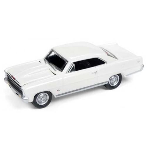 Johnny Lightning Muscle Cars U.S.A. - 1966 Chevy Nova SS