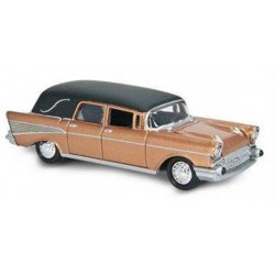 Johnny Lightning 2.0 - 1957 Chevy Hearse