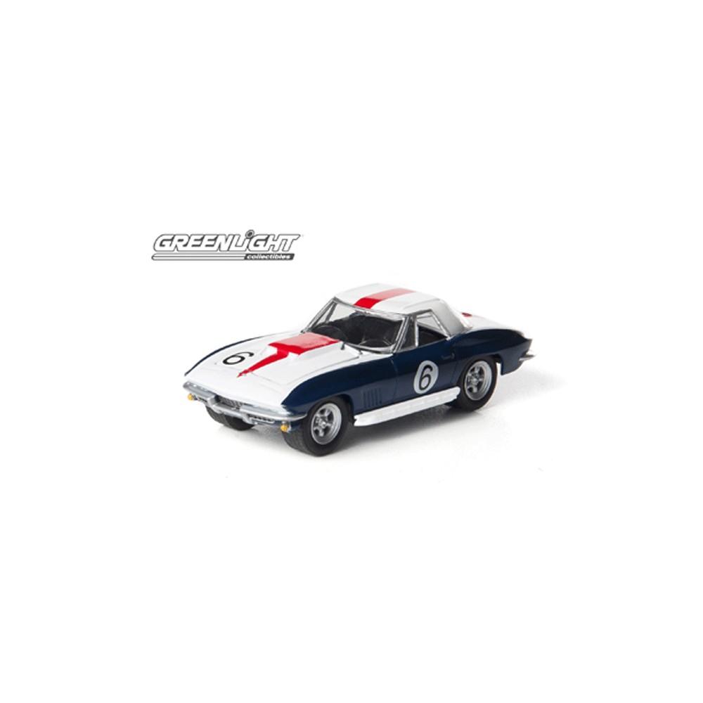 Greenlight Road Racers Series 2 - 1967 Chevrolet Corvette