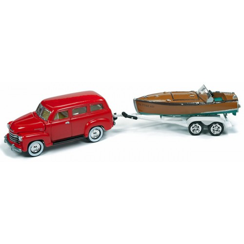 Johnny Lightning Hull and Haulers - 1950 Chevy Suburban with Boat