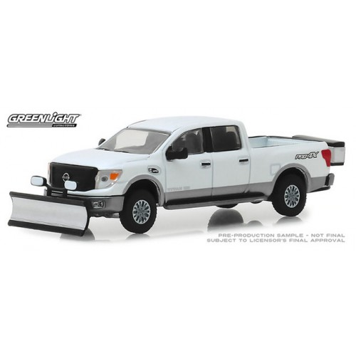 Greenlight Hobby Exclusive - 2018 Nissan Titan XD Pro-4X