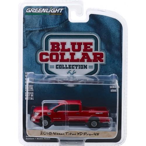 Greenlight Blue Collar Series 5 - 2018 Nissan Titan XD Pro-4X