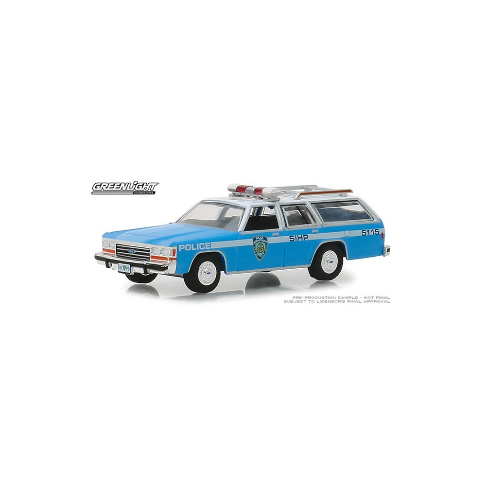Greenlight Hot Pursuit Series 30 - 1988 Ford LTD Crown Victoria Wagon