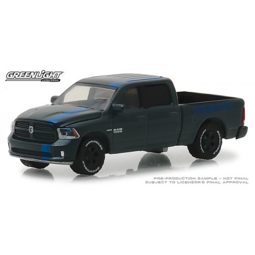 Greenlight Hobby Exclusive - 2017 RAM Sport Mopar Edition