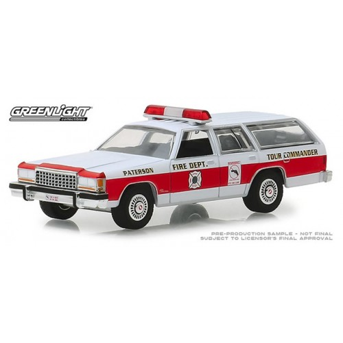 Greenlight Hobby Exclusive - 1985 Ford LTD Crown Victoria Wagon