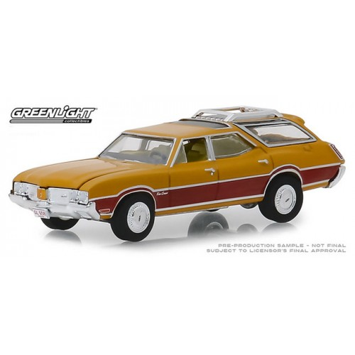 Greenlight Estate Wagons Series 3 - 1970 Oldsmobile Vista Cruiser
