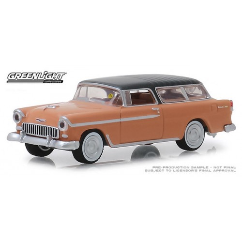 Greenlight Mecum Auctions Series 3 - 1955 Chevy Nomad