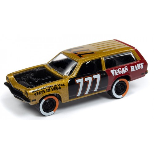Johnny Lightning Street Freaks - 1972 Chevy Vega Wagon