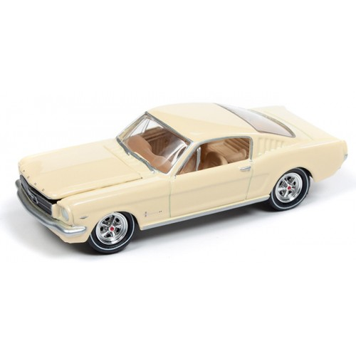 Johnny Lightning Classic Gold - 1965 Ford Mustang Fastback