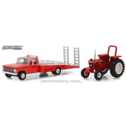 Greenlight H.D. Trucks Series 16 - 1969 Ford F-350 Ramp Truck with Ford Tractor