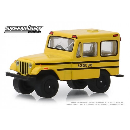 Greenlight Hobby Exclusive - 1974 Jeep DJ-5 School Bus