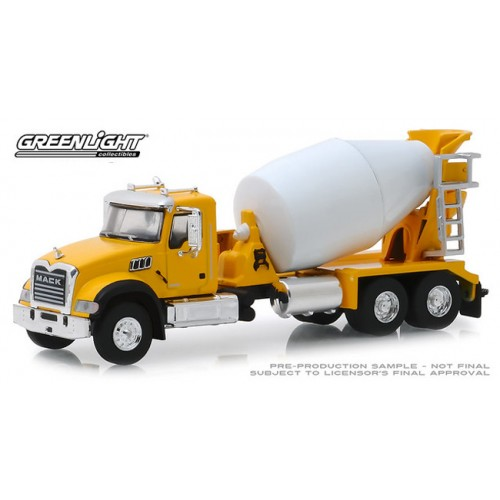 Greenlight S.D. Trucks Series 7 - 2019 Mack Granite Cement Mixer