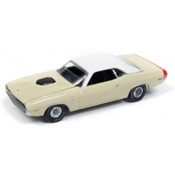 Auto World Premium 2018 Release 5A - 1970 Dodge Challenger R/T