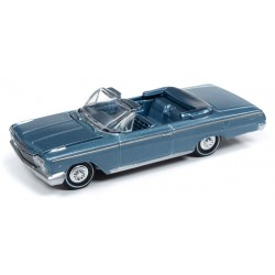 Auto World Premium 2019 Release 2A - 1962 Chevy Impala SS Convertible