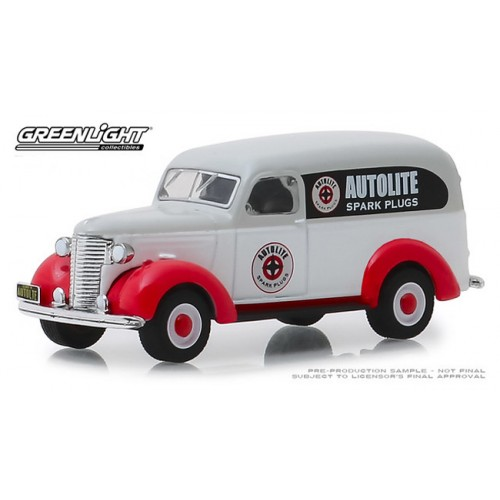 Greenlight Running on Empty Series 8 - 1939 Chevy Panel Truck