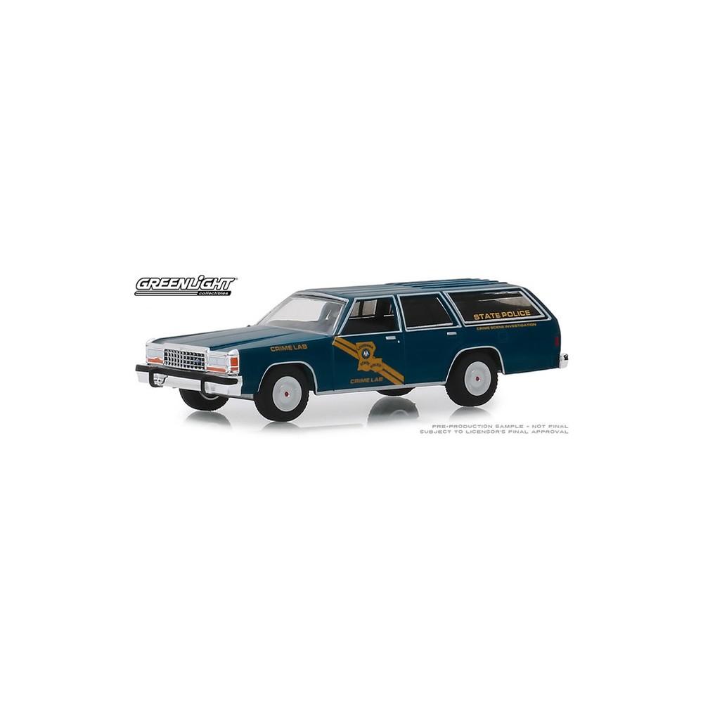 Greenlight Hot Pursuit Series 32 - 1987 Ford LTD Crown Victoria Wagon