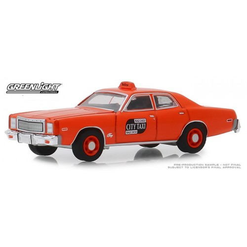 Greenlight Hobby Exclusive - 1977 Plymouth Fury Taxi
