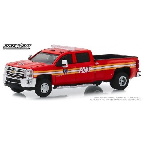 Greenlight Dually Drivers Series 2 - 2018 Chevy Silverado 3500 FDNY