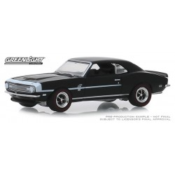 Greenlight Muscle Series 22 - 1968 Chevy COPO Camaro