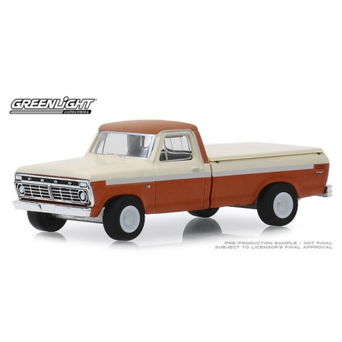 Greenlight Blue Collar Series 6 - 1973 Ford F-100 with Bed Cover