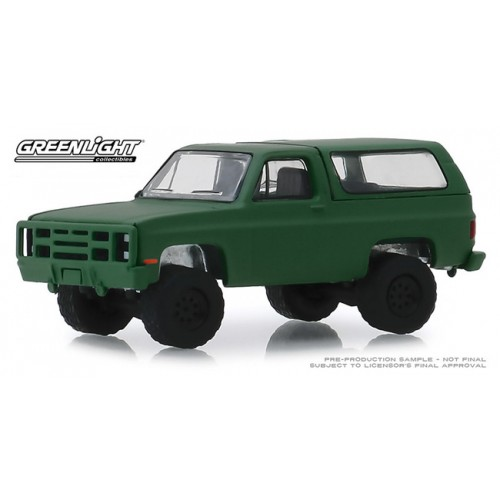 Greenllght Blue Collar Series 6 - 1988 Chevy K5 Blazer