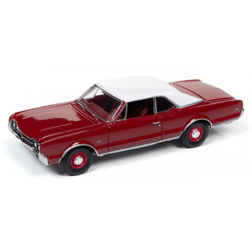 Auto World Premium 2019 Release 4B - 1966 Oldsmobile 442