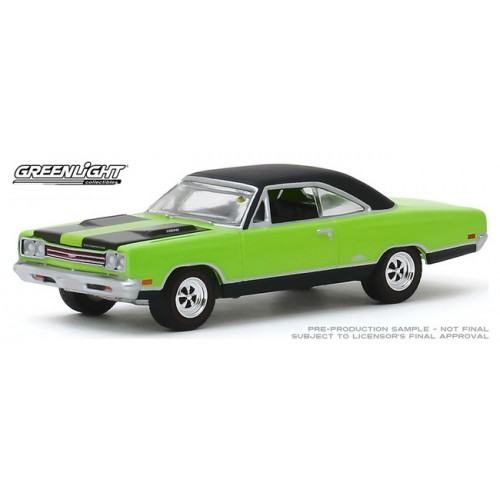 Greenlight Mecum Auctions Series 4 - 1969 Plymouth HEMI GTX