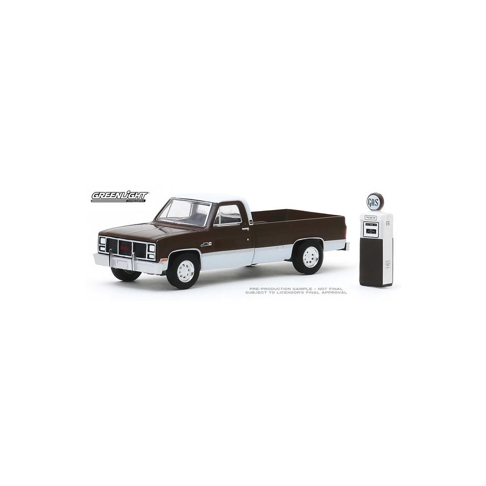 Greenlight The Hobby Shop Series 8 - 1984 GMC 2500 High Sierra