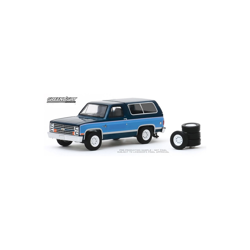 Greenlight The Hobby Shop Series 8 - 1986 Chevy K5 Blazer