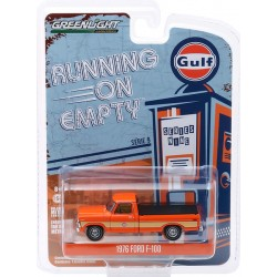 Greenlight Running On Empty Series 9 - 1976 Ford F-100 with Bed Cover