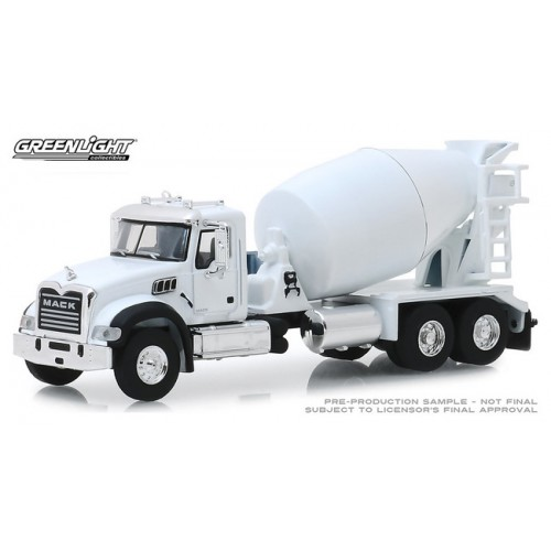 Greenlight S.D. Trucks Series 8 - 2019 Mack Granite Cement Mixer