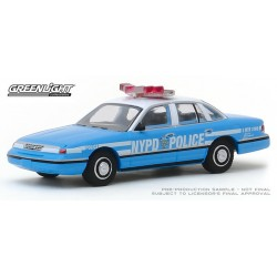 Greenlight Hot Pursuit Series 33 - 1993 Ford Crown Victoria NYPD