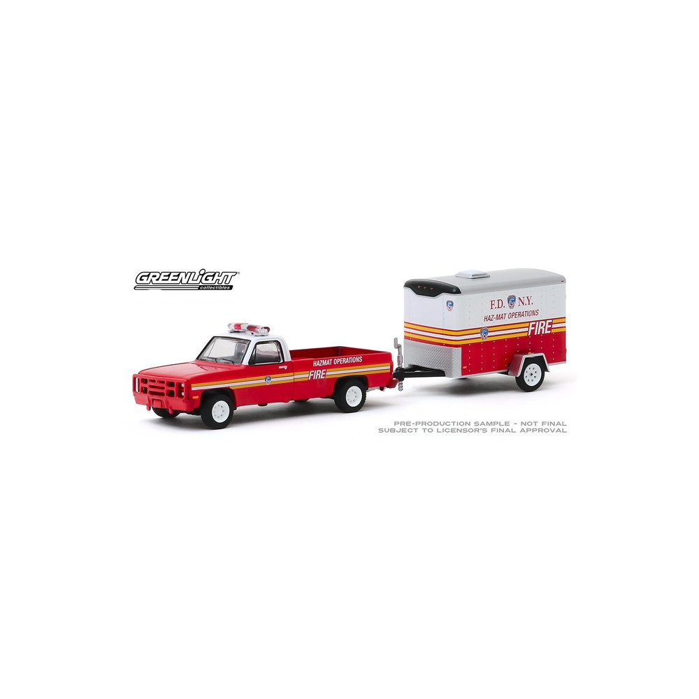 Greenlight Hitch and Tow Series 19 - 1986 Chevy M1008 CUCV FDNY Haz-Mat