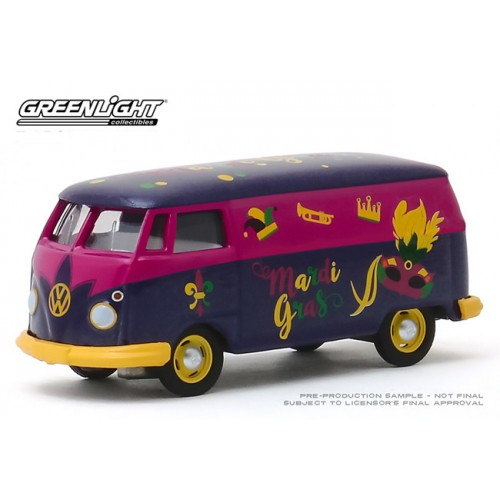 Greenlight Hobby Exclusive - Volkswagen Type 2 Van Mardi Gras 2020