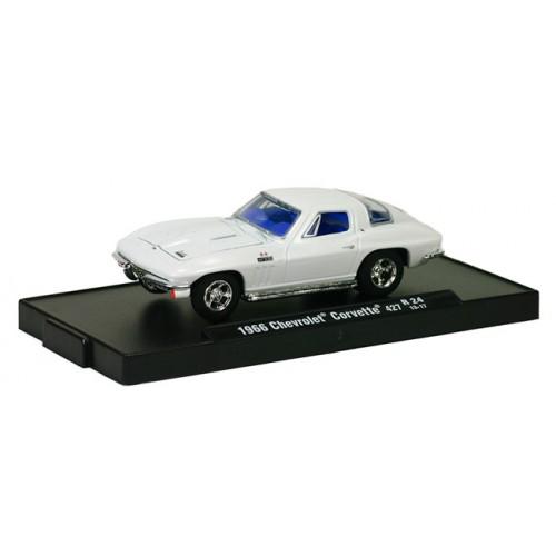 M2 Machines Drivers Release 24 - 1966 Chevrolet Corvette 427