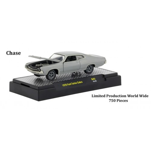 M2 Machines Detroit Muscle Release 45 - 1970 Ford Torino Cobra CHASE VERSION