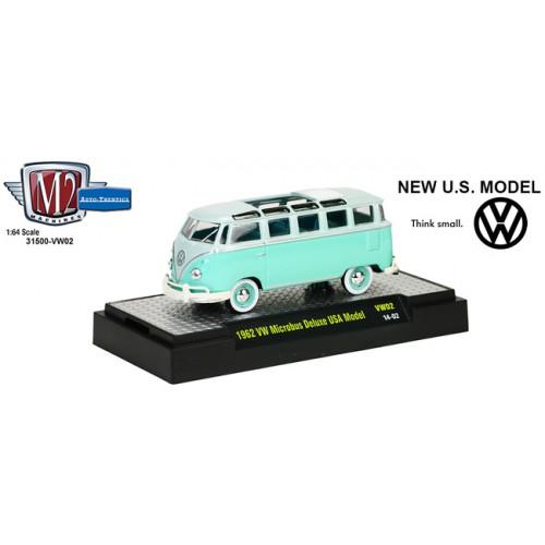 M2 Machines Auto-Thentics Volkswagen Release 2 - 1962 Volkswagen Microbus Clamshell Package