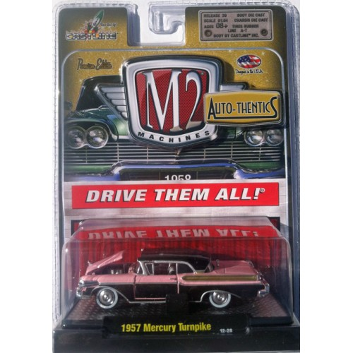 M2 Machines Auto-Thentics Release 20 - 1957 Mercury Turnpike Cruiser Clamshell Package