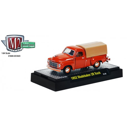 M2 Machines Detroit Cruisers Release 2 - 1952 Studebaker 2R Truck with Cover Clamshell Package