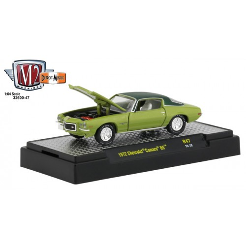 M2 Machines Detroit Muscle Release 47 - 1972 Chevrolet Camaro RS