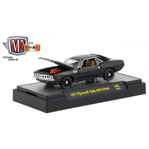 M2 Machines Detroit Muscle Release 46 - 1971 Plymouth Cuda 440 6-Pack