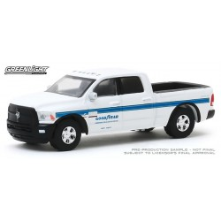 Greenlight Running On Empty Series 10 - 2018 RAM 2500 Truck