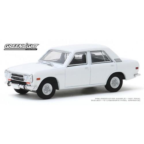 Greenlight Tokyo Torque Series 8 - 1972 Datsun 510 4-Door Sedan