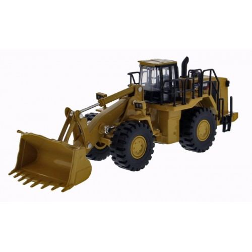 Diecast Masters Play and Collect - CAT 988H Wheel Loader