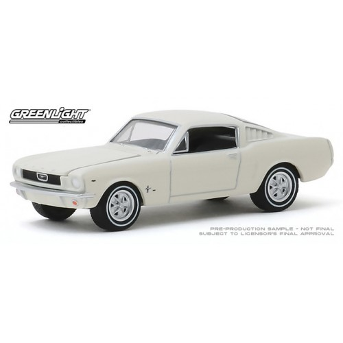 Greenlight Hobby Exclusive - 1965 Ford T5