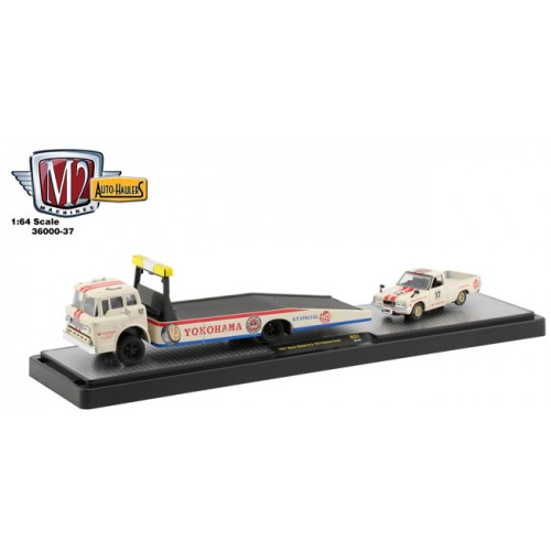 M2 Machines Auto-Haulers Release 37 - 1957 Mack Model N  with 1974 Datsun Truck